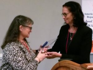 Susan Swanton receiveing her award from ABBRA Executive Director, Pamela Lendzion